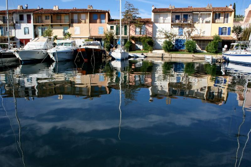 Port-Grimaud: beautiful apartment near the beach, holiday rental in Grimaud