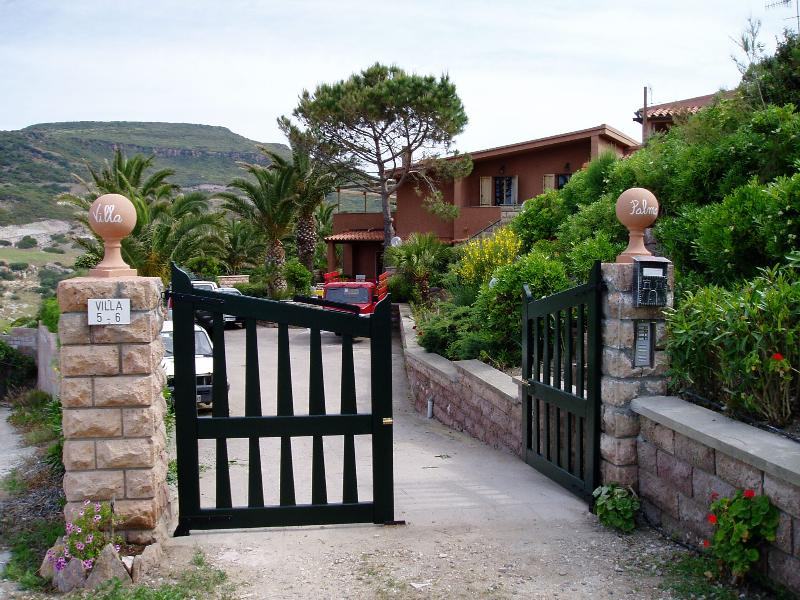 Appartamento vista mare, location de vacances à Bosa