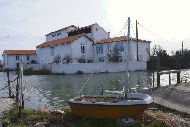 IR, 2 pers, Appartement d'hôtes de charme, proche ROYAN, alquiler vacacional en La Gripperie-Saint-Symphorien