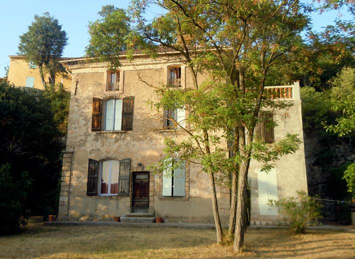 Charmante Bastide XVIIIè en Provence, holiday rental in Tavernes