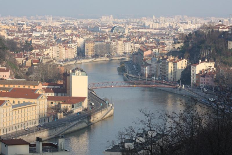 Appartement 60m² jolie vue proche Fourvière, holiday rental in Lyon