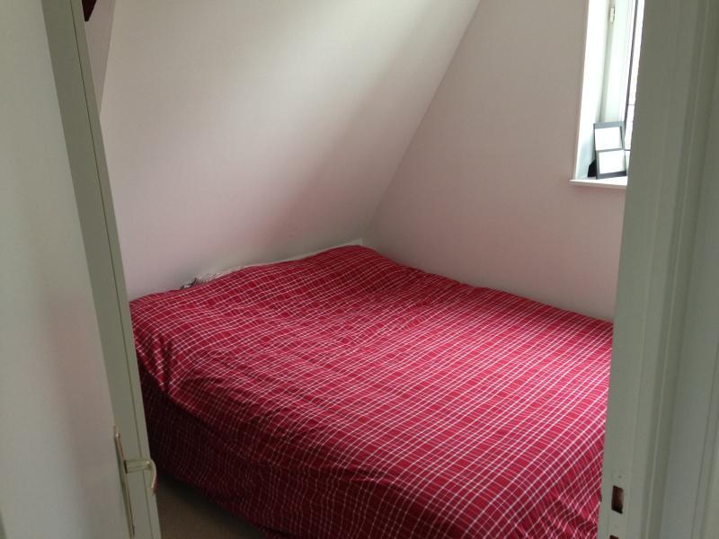 Chambre avec lit 180x200cm