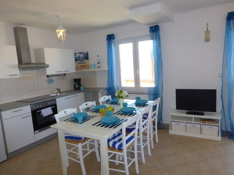 Apartmani Kvesic - Azzurro, alquiler de vacaciones en Silo
