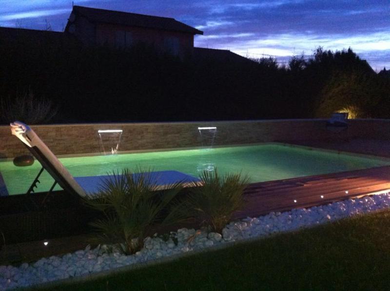 MAISON 'LAGOA VERDE' 190m2 + piscine, aluguéis de temporada em Charnay