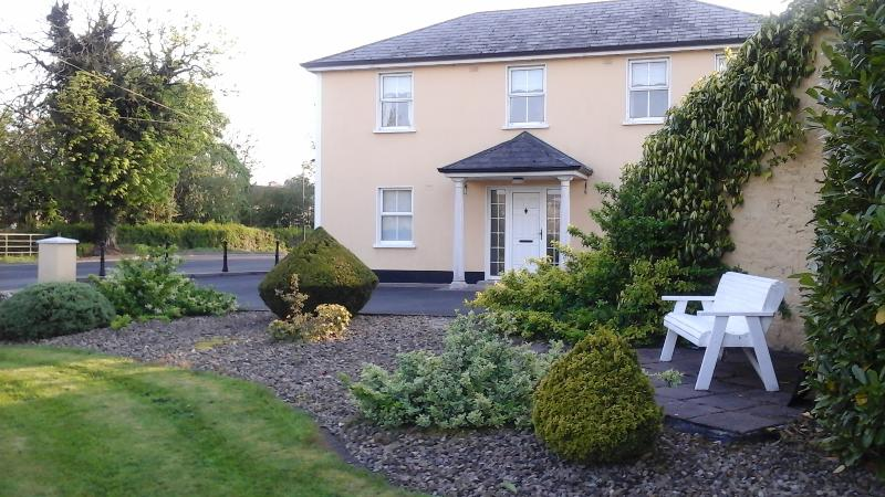Connollys Holiday Apartment, holiday rental in County Monaghan