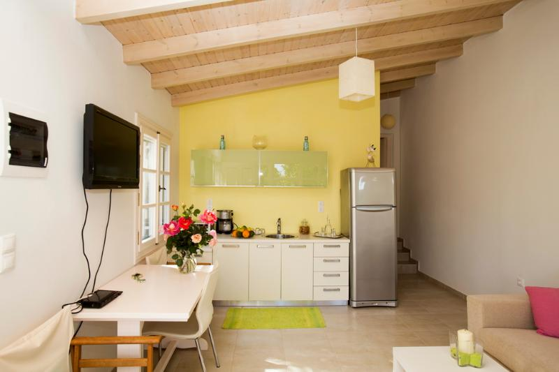 Lemon Tree Garden House, holiday rental in Mournies