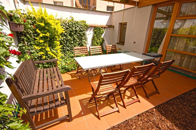 Bilkova Loft 3-Bedrooms, 2-Bathrooms, Terrace (Prague Old Town), vacation rental in Prague