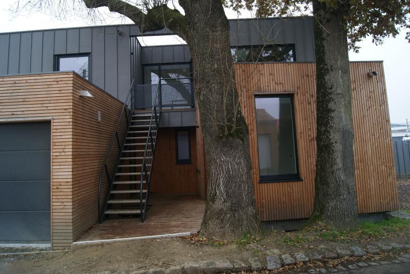 Gîte d'architecte ''Le Frêne'' pour 2 personnes., vacation rental in Nantes