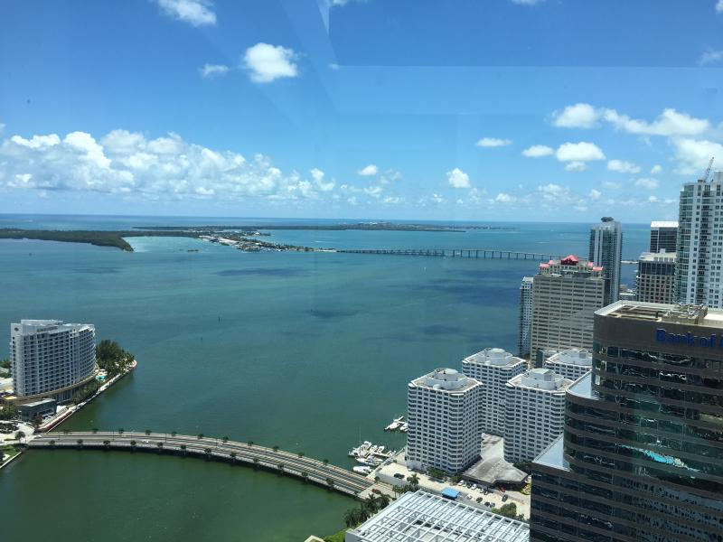 W HOTEL RESIDENCE BRICKELL 2 BEDROOM WATERVIEW, vacation rental in Miami