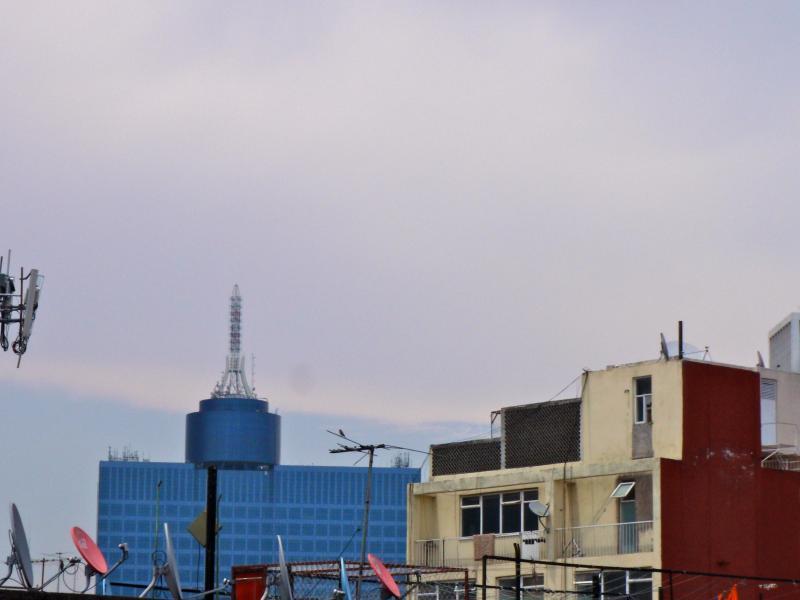 Vista de la sala al WTC (centro financiero de la ciudad de Mexico)