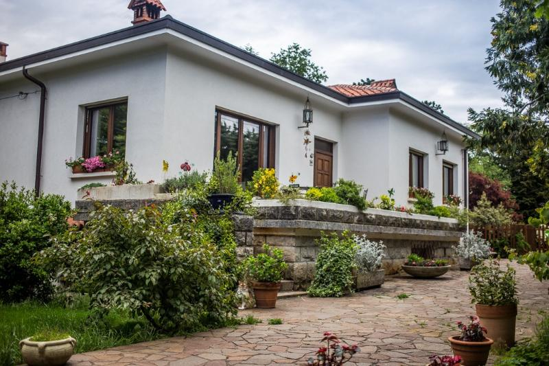 Villa Laly vista dal giardino