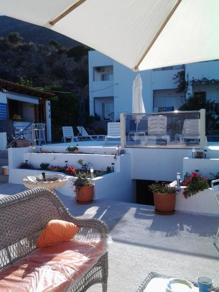 Private Villa, Sea Views. Walkers, Events, Associations, Families Only., Ferienwohnung in Platanias