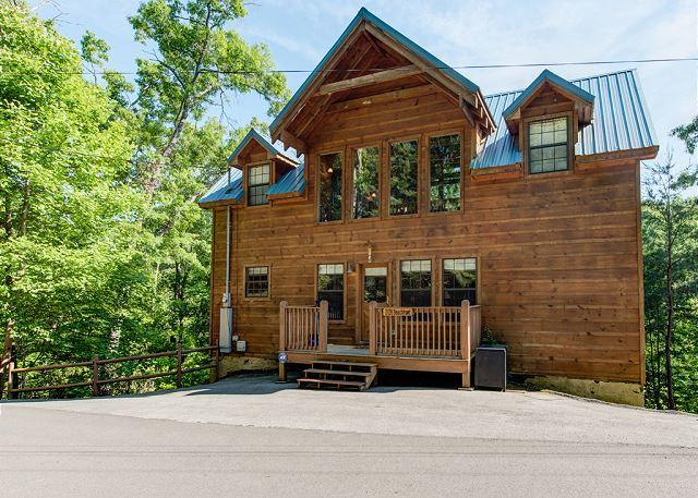 Welcome to your Smoky Mountain Retreat