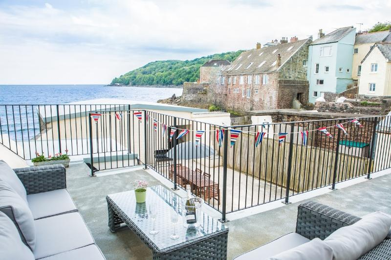 Spindrift  Beach House, Kingsand, holiday rental in Rame