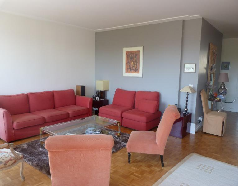 Grand appartement familial à Versailles, vacation rental in Yvelines