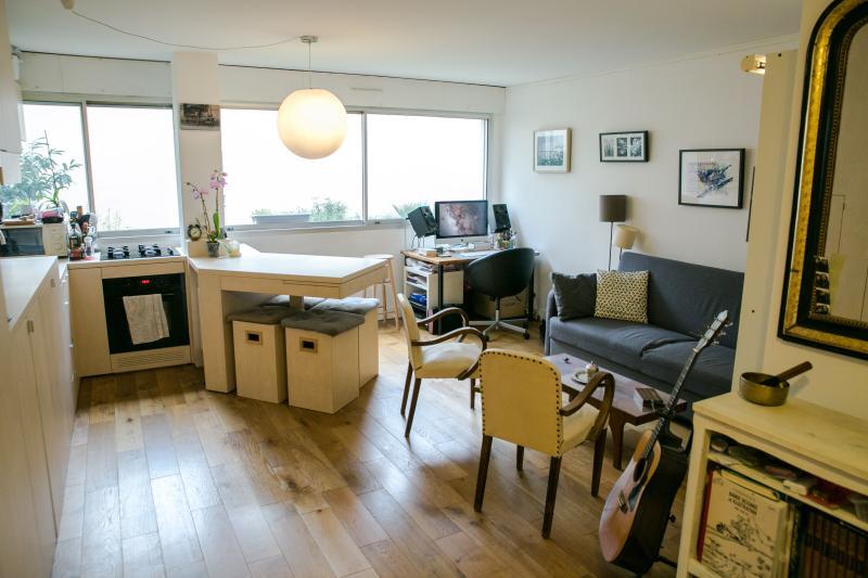 Appartement au pied de Montmartre, casa vacanza a La Plaine-Saint-Denis