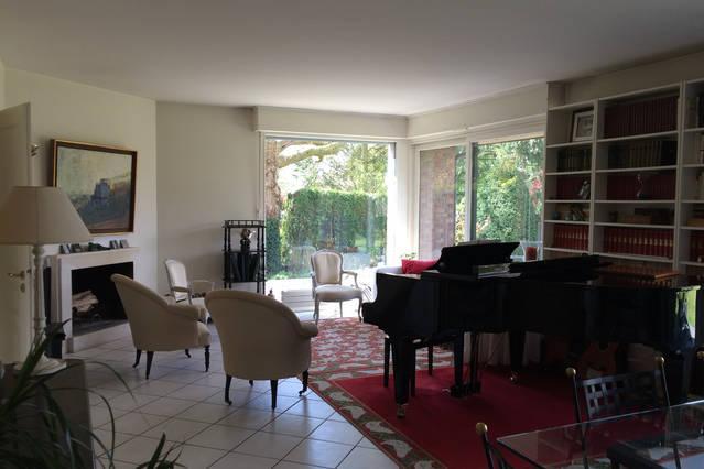 Chambre  près de Villeneuve d'Ascq et Lille !, vacation rental in Antoing