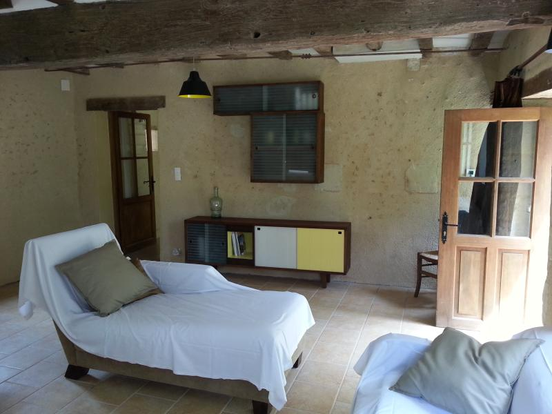 maison de charme, holiday rental in Lhomme