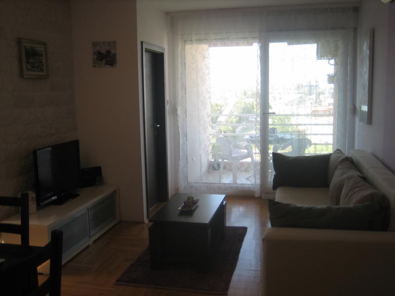Apartman LENA, location de vacances à Solin