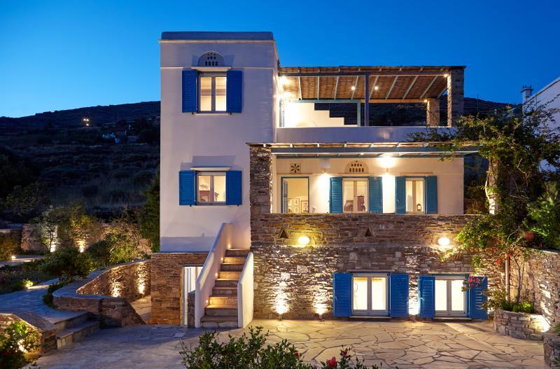 Dinora Villa, holiday rental in Triantaros