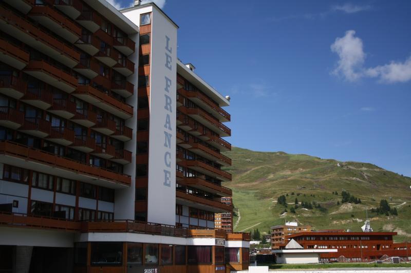 Studio la Plagne Centre 4 couchages - Départ et retour skis aux pieds!, vacation rental in Macot-la-Plagne