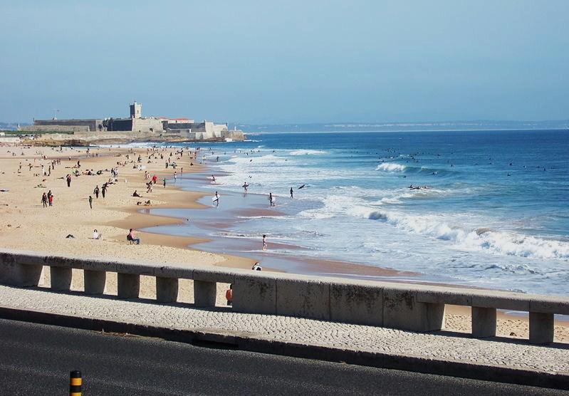 Sun & Beach - Quarto em apartamento, a 5 minutos da praia, location de vacances à Paco de Arcos