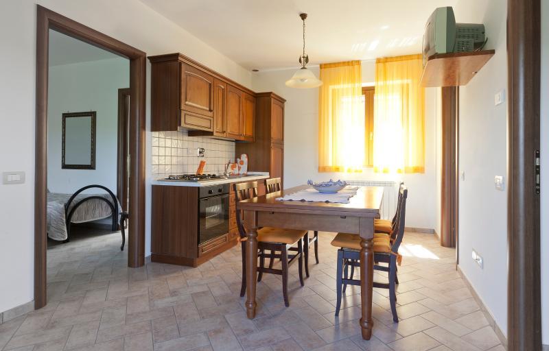 Relais Parco del Subasio 5/6 pers, holiday rental in San Presto