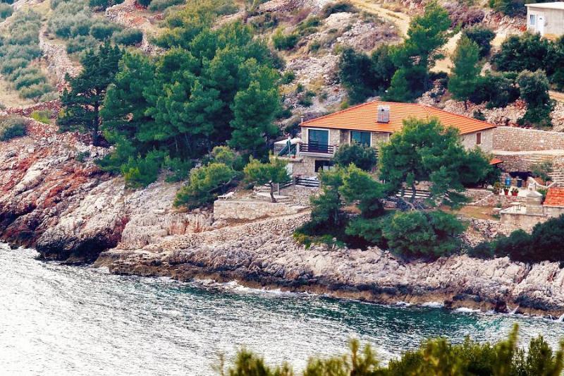 Apartment Analea - Hvar, Bay Srhov Dolac, holiday rental in Gdinj