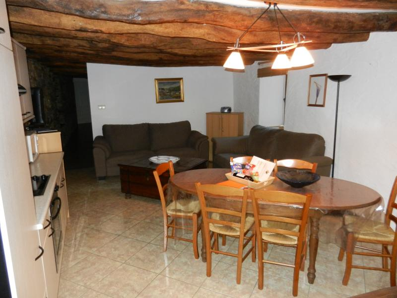 Le 'Ti 'Bou de Refuge - Les hérissons, holiday rental in Alle
