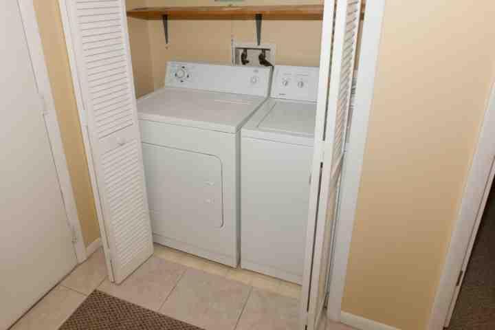 Full size wasmachine / droger in eenheid