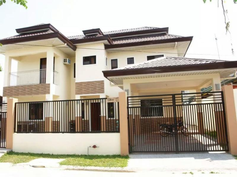 5 bedroom house in Angeles, vacation rental in Pampanga Province