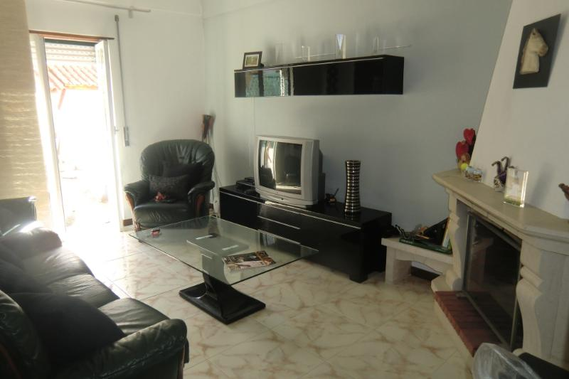 Acolhedor Apartamento na praia, holiday rental in Santa Cruz