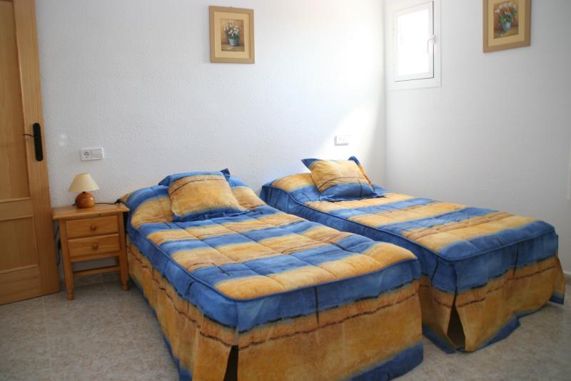 CASA MAZARRON (Luxus Villa mit Pool-Wifi-Sat TV), holiday rental in Lorca