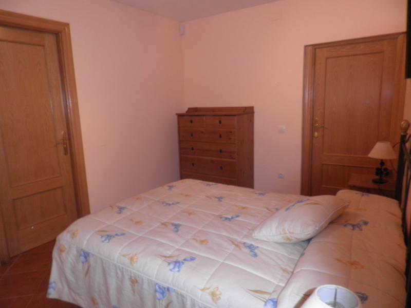 Casa en Anchuela del pedregal, vacation rental in Gallocanta