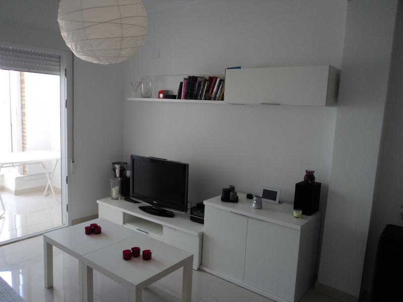 Apartamento con vistas a playa en Arenales del Sol, location de vacances à El Altet