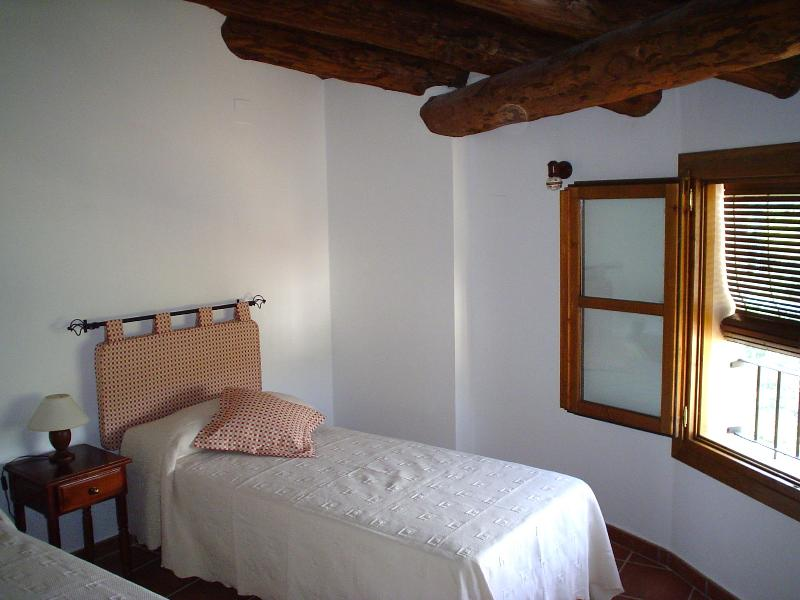 Casa Plana. Apartamentos Rurales., holiday rental in La Puebla de Castro