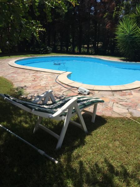 Chia - appartamento con piscina, holiday rental in Chia
