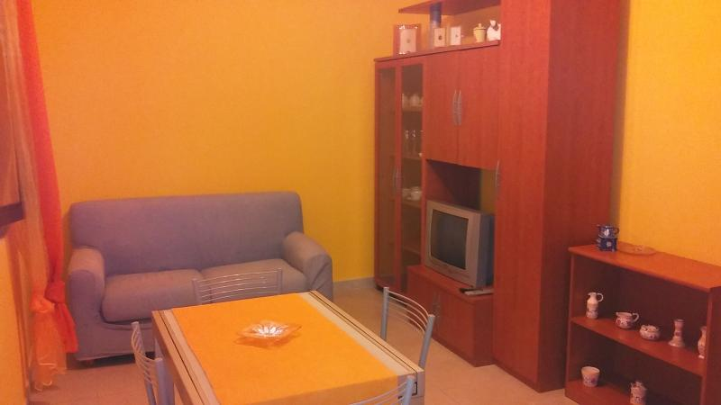 A casa di Frank, holiday rental in Lequile
