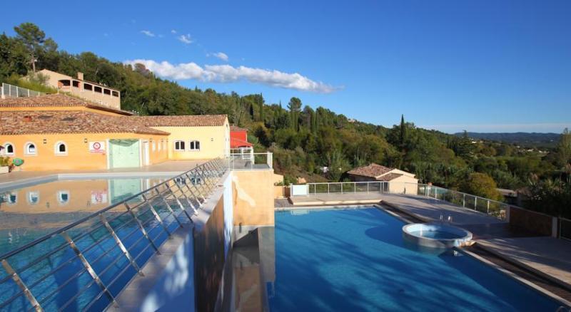 Chateau de Camiole heated outdoor pools