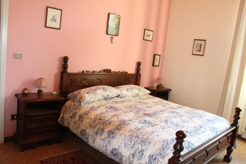 LA BARRIERA appartamento, holiday rental in Galluzzo
