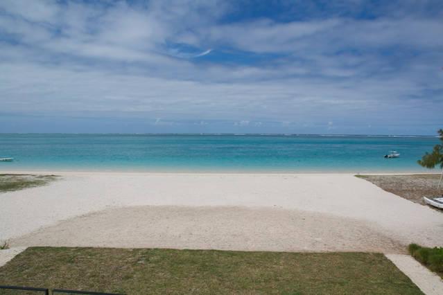 Your beachfront holiday home!, casa vacanza a Pointe d'Esny