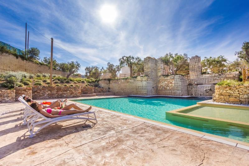 Beautiful Apartment (4+2) residence near Gallipoli, vacation rental in Nardo