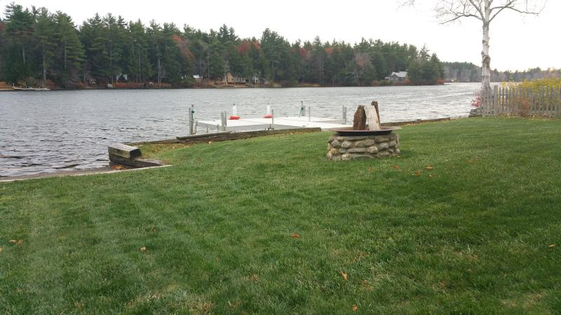 New England Lake House Vacation, holiday rental in Rochester