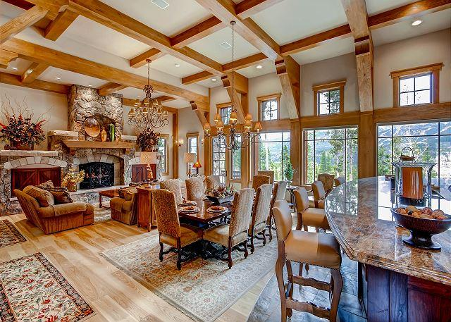 Elegant Design, Comfort and Privacy Complete this Luxurious Highlands Villa, holiday rental in Breckenridge