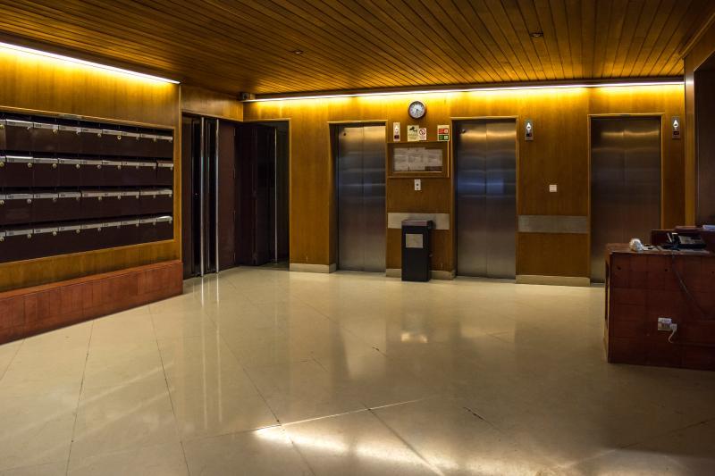 Building entrance under 24 hours surveillance