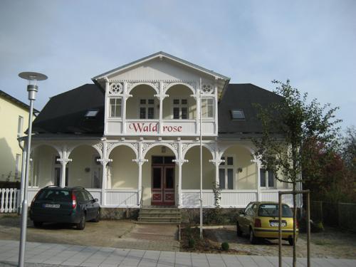 Fewo Ummanz - Pension Waldrose, holiday rental in Sellin