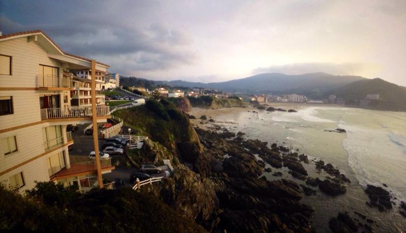 Bonito apartamento inmejorable vistas al mar, holiday rental in Kanala