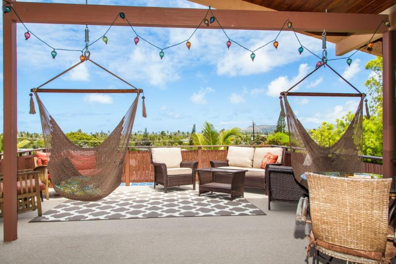Spacious lanai with sweeping treetop views.