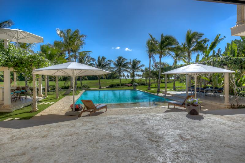 Incredible Micro Estate in the luxurious Puntacana Resort & Club, holiday rental in Punta Cana
