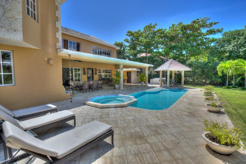 Exquisite Golfview Villa in Puntacana Resort & Club, location de vacances à Punta Cana